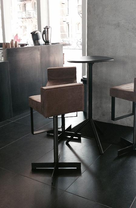 PH1-Sgabello-in-stile-moderno-Lensvelt-203096-relffbf0843