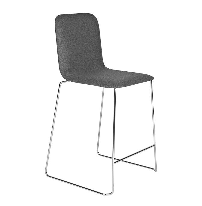 Than-Chair-barstool-Richard-Hutten-Lensvelt-Kvadrat-Divina-MD-grey-frame-chrome-front-view-diagonally-right